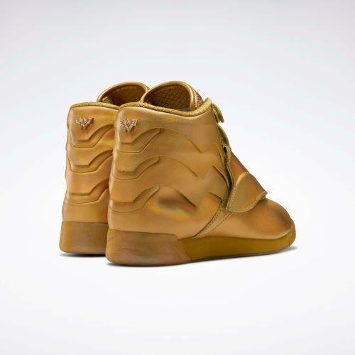 Wonder Woman inspira nueva colección de sneakers